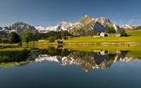 Зимняя рыбалка в Швейцарии озеро Фирвальдштет.