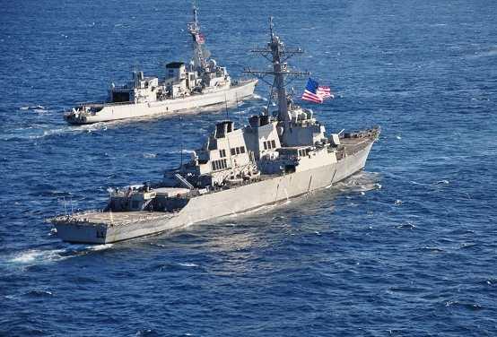 Четыре военных корабля НАТО вошли в Черное море