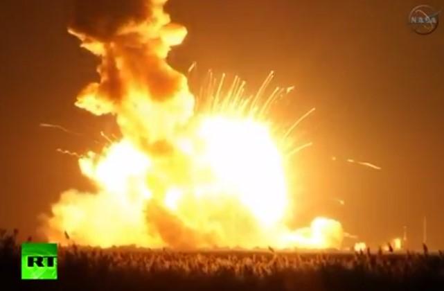 Ракета-носитель Antares взорвался на старте