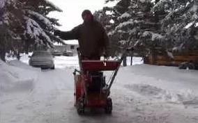 Снего-шайтанная машина. Канадастан. Февраль 2015