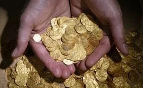 2000 золотых монет найдено водолазами  в Израиле