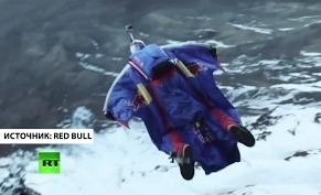 Валерий Розов прыгнул с горы Килиманджаро
