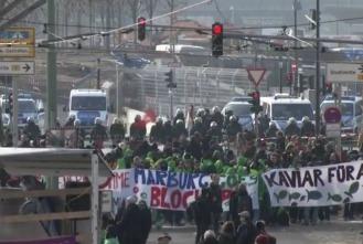 Франкфурте-на-Майне столкновения с полицией