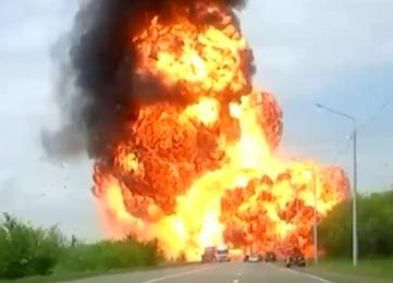 В Ставропольском крае взорвался грузовик с растворителем