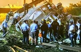 Филадельфия: поезд сошёл с рельсов
