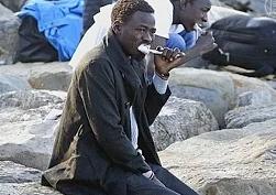 Франция не пускает мигрантов через границу с Италией