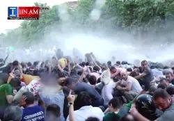 Видео:  разгон проамериканского майдана в Ереване