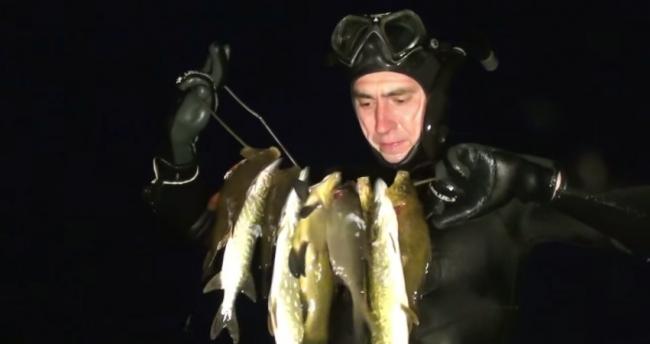 Шкиль Игорь: Подводная Охота на озере у дяди Саши