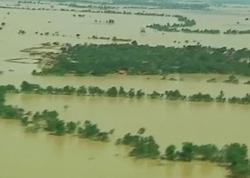 Наводнение в Мьянме: пострадавшим доставляют помощь