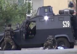 В Турции террористы напали на полицейский участок
