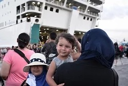 Греция не справляется с наплывом мигрантов