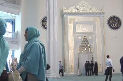 Соборная мечеть в Москве, вид изнутри