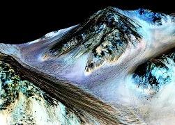 НАСА: на Марсе есть жидкая вода