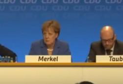 Однопартийцы критикуют Меркель