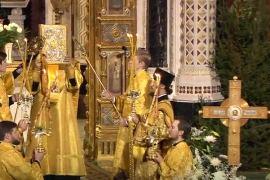 Видео: Богослужение в Храме Христа Спасителя в честь Рождества Христова