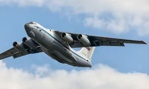 Средний военно-транспортный самолет Ил-76