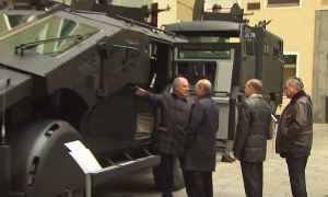 Новые броневики для спецназа ФСБ показали Владимиру Путину