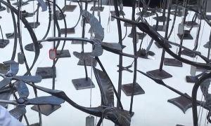 Кузнецы выковали 224 именных журавлей в память о погибших на борту A321