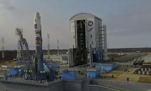 Космодром Восточный: Установка ракеты Союз—2.1а