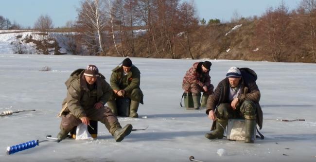 О ловле окуня весной, по последнему льду