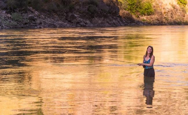 Девчата на рыбалке