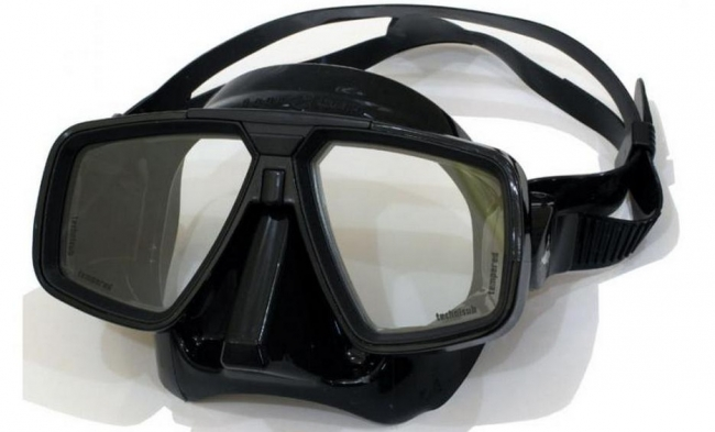 """маски """"Look"""" фирмы Technisub"""