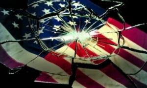 Американцы жгут свои флаги
