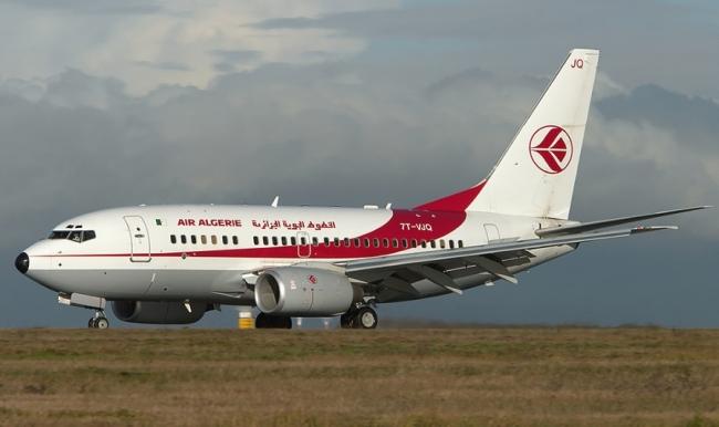 Самолет Air Algerie 737-600
