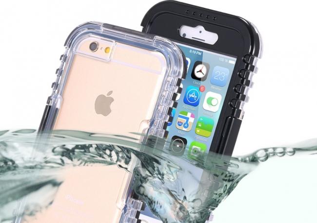 Можно использовать водонепроницаемые чехлы для iPhone