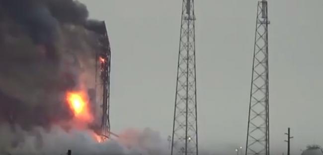 Взрыв ракеты Falcon
