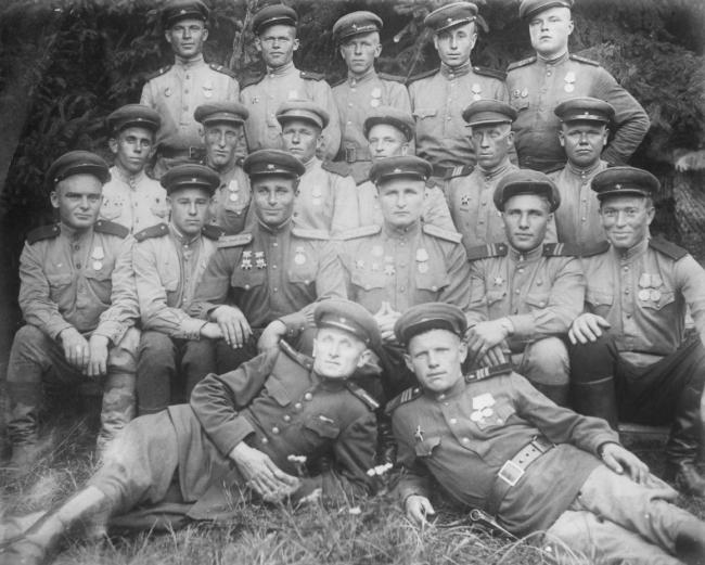 Мир спас русский солдат / Russian soldier saved the world