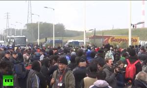 Снос лагеря беженцев в Кале