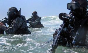 Экипировка для подводных диверсантов, разведчиков и спасателей