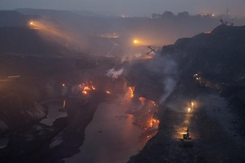 Джхарии - город в адском пламени