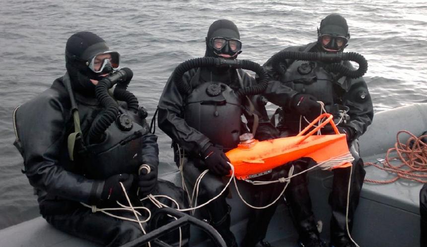 На Черноморском флоте осваивают новую водолазную технику (экипировка амфора)