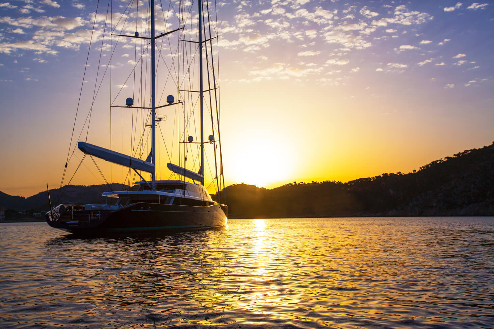 Яхта AQUIJO