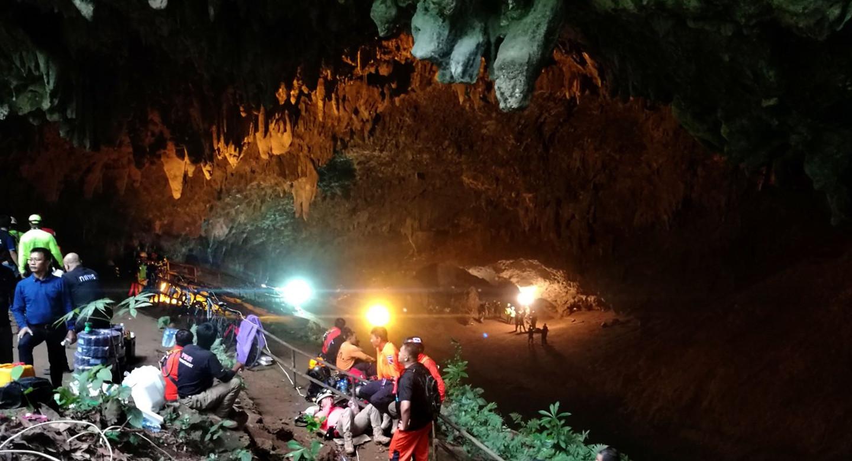 Дети в Таиланде могут остаться в пещере на 4-5 месяцев.