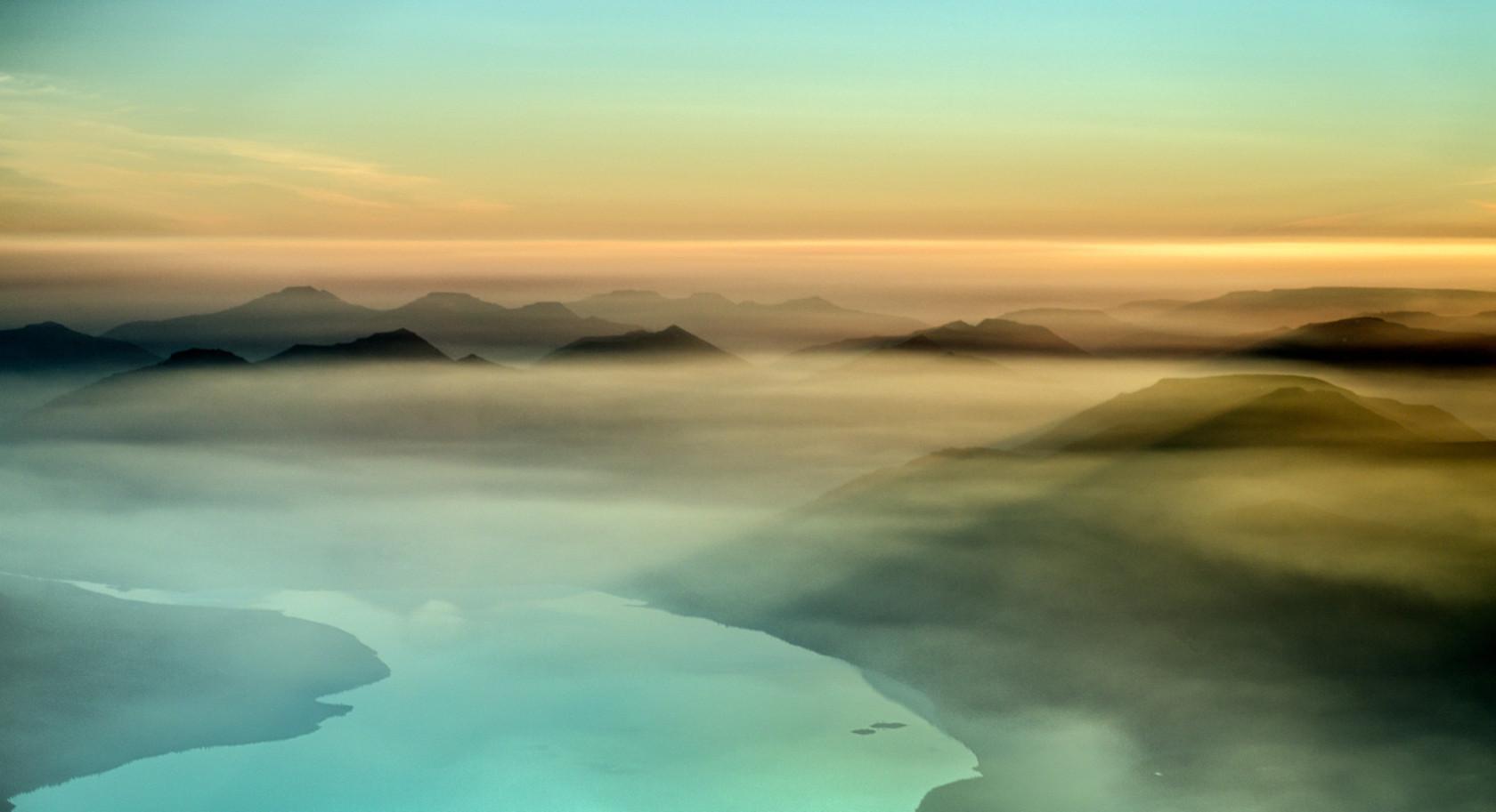 Аян озеро в России, на плато Путорана