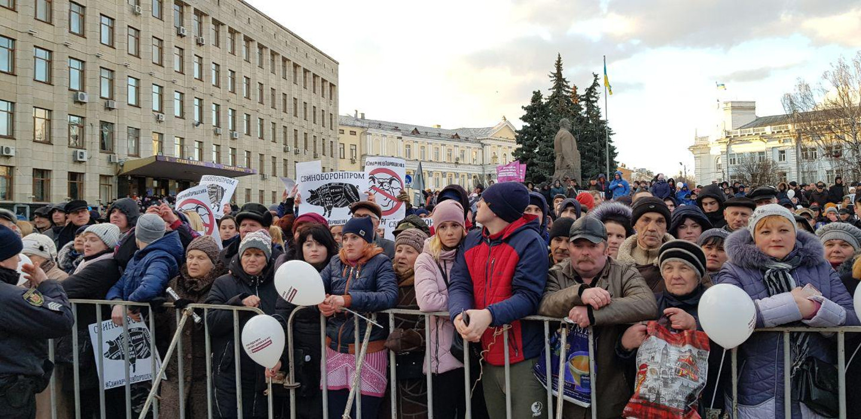 Національний Корпус: Мы прибыли на встречу с президентом Порошенко в Житомире.