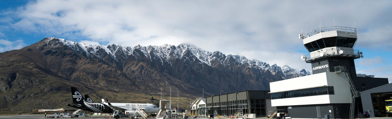 Аэропорт Куинстауна (Новая Зеландия) / Queenstown Airport (New Zealand)