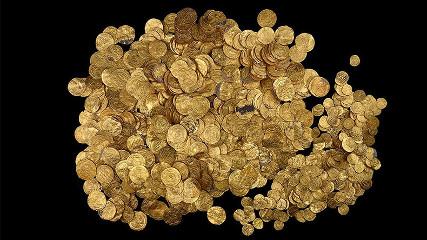 Одна из самых грандиозных находок древних монет: дайверы нашли сокровище на миллион долларов.