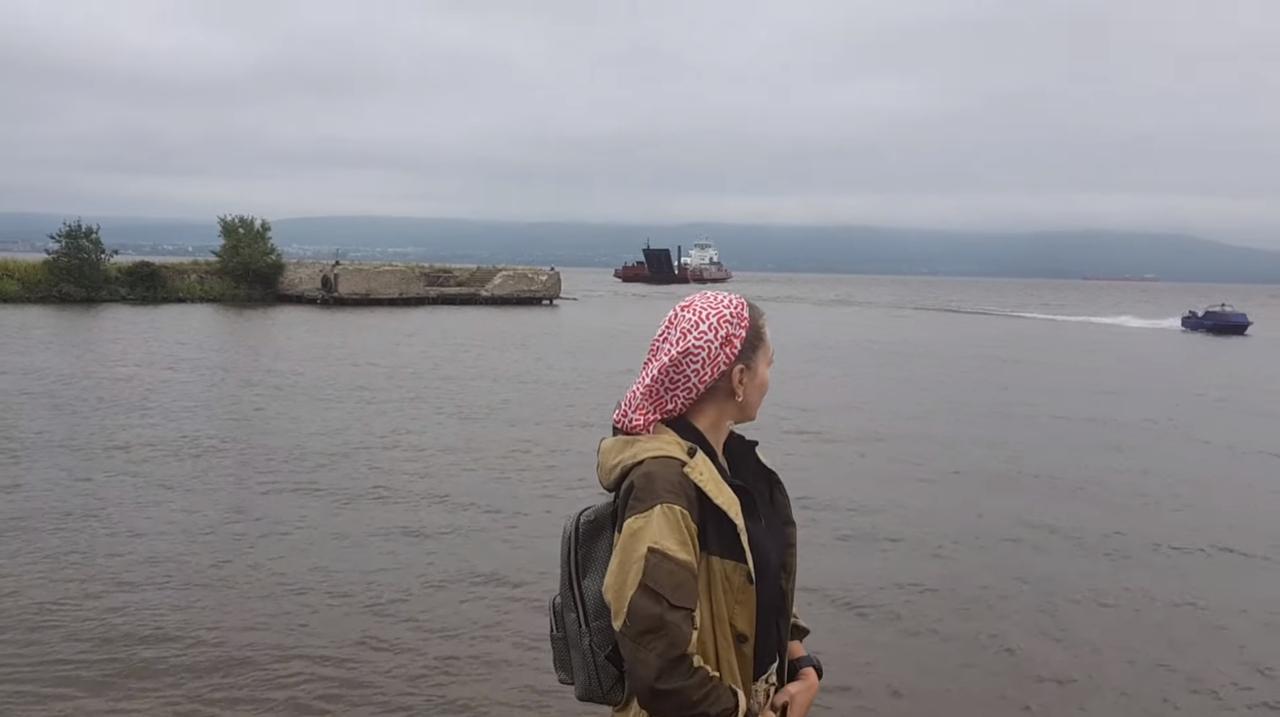 Рыбалка на Дальнем Востоке возле Охотского моря на реке Мухтеле