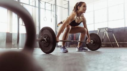 Равномерная нагрузка на мышцы? Штанга – идеальный выбор