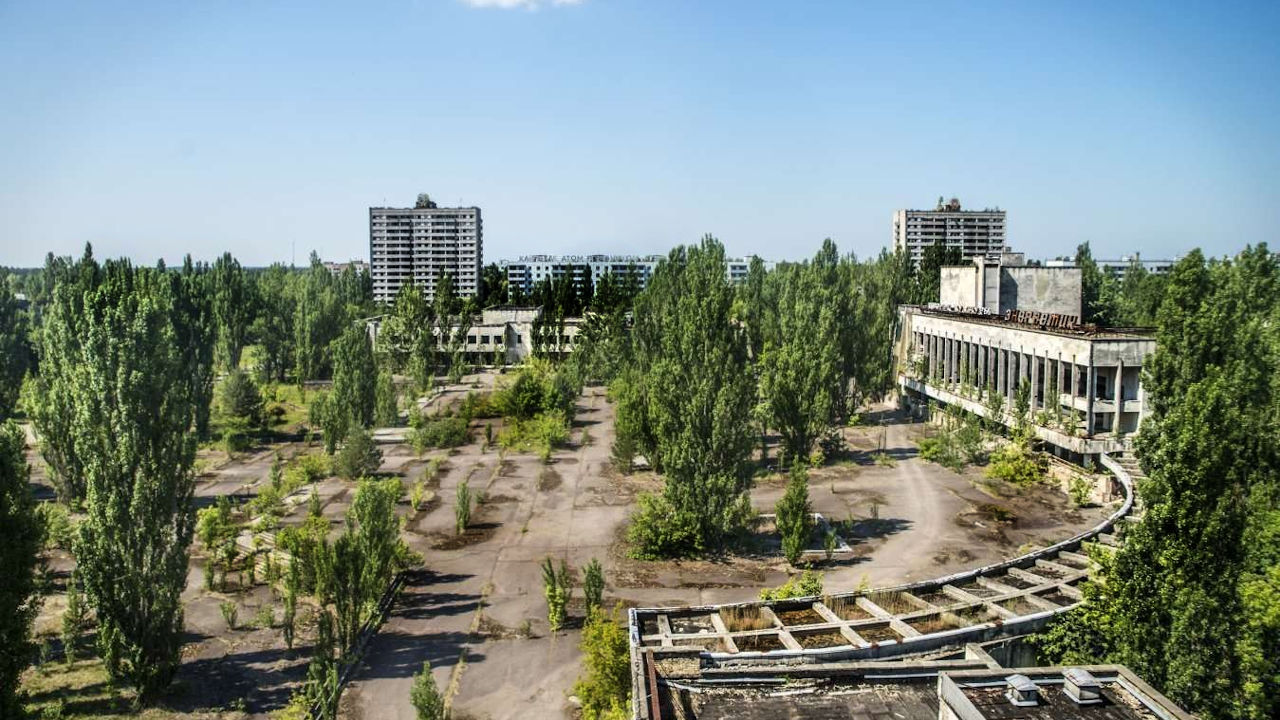 How are tours in Chernobyl